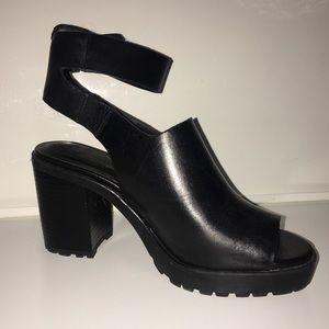 Zara black leather ankle strap peep toe heel
